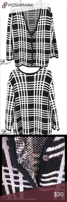 Plaid black and white cardigan! Plaid oversized cardigan with three snap buttons! Blue Pepper Sweaters Cardigans