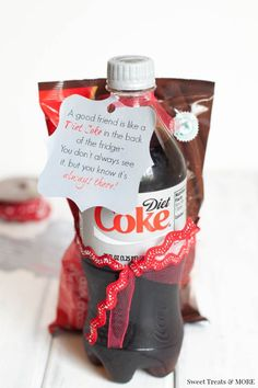 Diet Coke Gift for a Friend + Free Printable on sweettreatsmore.com  Plus 101 more easy, affordable Birthday Gift Ideas! #birthdaygiftidea