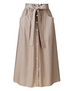 Paperbag-waist linen-mix skirt with front-button placket to hem, patch pockets and separate self-tie belt. Muslim Fashion, Modest Fashion, Hijab Fashion, Korean Fashion, Fashion Dresses, Modest Outfits, Skirt Outfits, Dress Skirt, Casual Hijab Outfit