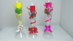 Oiee, vamos reciclar? Vamos trabalhar com garrafa pet e fazer um lindo vaso. Use para presentear a sua mãe, enfeitar festas de aniversário, casamento, trabal...