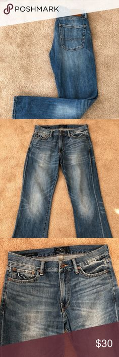 Men's Lucky Brand Vintage Bootcut Jeans Men's 32x32 367 vintage bootcut jeans. Sanding, fading, and whiskering for the feel of a broken-in favorite. Belt-loop waistband. Zip fly with button closure. Five-pocket design. Lucky Brand Jeans Bootcut