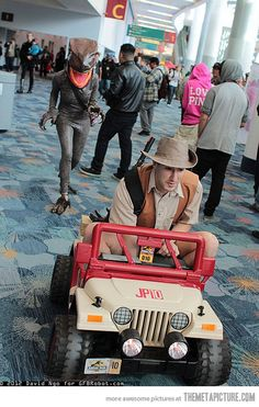 Jurassic Park Cosplay.... Why is there a guy wearing a Victoria secret pink hoodie?