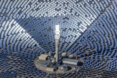 SolarReserve gana el premio Platts Global Energy a la Aplicación Comercial del Año 2016   La exitosa comercialización de la innovadora tecnología solar térmica a escala industrial con almacenamiento de energía integrado en sales fundidas asegura el premio mundial de energía para SolarReserve  SANTA MÓNICA California 13 de diciembre de 2016 /PRNewswire.- SolarReserve el líder mundial en el desarrollo de infraestructura renovable para proyectos de energía solar a escala industrial y de…