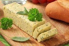 Manteiga temperada com ervas