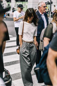 Oversized menswear trousers la street styles, nyfw street style, looks street style, street Fashion Mode, Fashion Week, New York Fashion, Look Fashion, Fashion Clothes, Street Fashion, Trendy Fashion, Fashion Outfits, Womens Fashion
