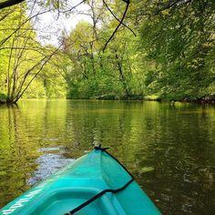 Immer wieder schön: paddeln durch den #Leipziger Auenwald  #thisisleipzig #leipzigliebe #leipzigtravel #auwald #wildpark #kayak #paddeln #wasser #wald #natur #naturelovers #grün #green #like #follow #instamood #erholung #relaxing #nofilter