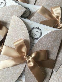 Compre Convite 15 Anos - Promoção no Elo7 por R$ 3,99 | Encontre mais produtos de Convites de 15 Anos e Convites parcelando em até 12 vezes | Convite Renda Dourada 15 Anos    DESCRIÇÃO:  Envelope: Papel Perolado Renda Dourada 180g  Convite: Papel Linho 180g  Impressão Digital a laser de a..., BFA80A Quince Invitations, Handmade Wedding Invitations, Baptism Invitations, Wedding Invitation Cards, Wedding Cards, Wedding Gifts, Wedding Card Design, Wedding Designs, Debut Planning