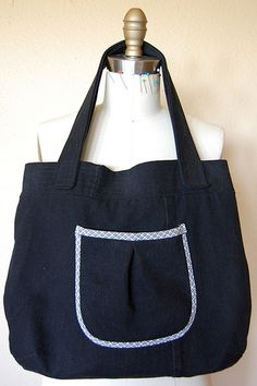 The Free  W Bag v1 Sewing Pattern