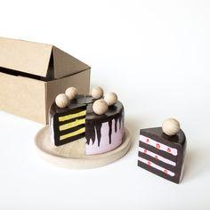 dřevěný dort