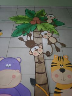 palmeira bichos da selva Jungle Party, Safari Party, Safari Theme, Decoration Creche, Class Decoration, Jungle Theme Classroom, Classroom Themes, Preschool Jungle, Baby Zoo Animals