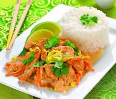Thajské kuře skokosovým mlékem Thai Red Curry, Grains, Food And Drink, Rice, Chicken, Ethnic Recipes, Fitness, Gymnastics, Buffalo Chicken