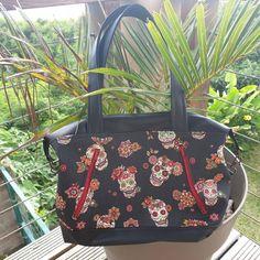 @ameliealareunion sur Instagram: Sac Java small, avec les sublimes simili et coton de chez @cotedecobymangrolia Pas mon style, même si je reconnais la beauté du tissu…