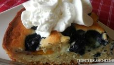 BLUEBERRY PUDDING CAKE - The Southern Lady Cooks Blueberry Pudding Cake, Blueberry Desserts, Apple Dessert Recipes, Great Desserts, Fudge Recipes, Apple Recipes, Cake Recipes, Blueberry Loaf, Quick Dessert