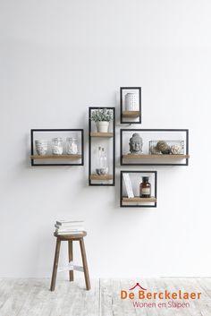 SHELFMATE is een uniek schappen systeem dat bestaat uit vijf verschillende elementen waarmee je oneindig veel composities kunt maken. Het maakt niet uit hoe lang, kort of breed je muur is, met SHELFMATE vind je gegarandeerd een passende oplossing. #DIY #maatwerk #boekenplank #teak #urban #shelfmate #dbodhi #berckelaerhomecollection #interieur #design #inspiratie