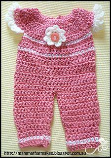 Crochet Preemie Romper outfit.  Free pattern