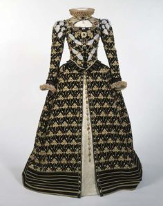 Reproduction of Queen Elizabeth's gown based on the Phoenix Portrait by Nicholas Hilliard, ca. 1575