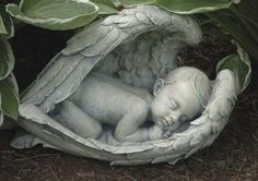 Sleeping baby in angel wings memorial statue. Peaceful and spiritual garden or grave angel figure is sure to bring comfort to anyone who has lost a child. Made of resin and stone Measures at Joseph Studio Garden Collection Angel Garden Statues, Outdoor Garden Statues, Garden Angels, Statue Ange, Baby Angel Wings, Frida Art, I Believe In Angels, Cherub, Ball Jointed Dolls