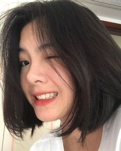 Ulzzang Short Hair, Korean Short Hair, Hair Inspo, Hair Inspiration, Medium Hair Styles, Curly Hair Styles, Shot Hair Styles, Girl Short Hair, Hair Hacks