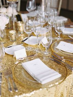 Elegant Gold and Blush Southern Wedding Colour Schemes, Wedding Color Schemes, Wedding Colors, Wedding Decorations, Table Decorations, Gold Table, Wedding Table Settings, Timeless Wedding, Style Me