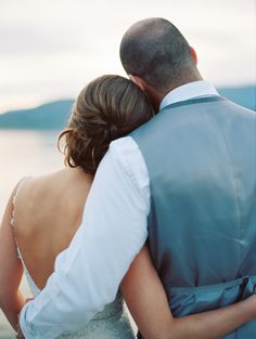 Romantic British Columbia wedding: http://www.stylemepretty.com/canada-weddings/british-columbia/kelowna/2015/09/16/intimate-romantic-british-columbia-wedding/ | Photography: Jenna Hill - http://www.jennahillphoto.com/