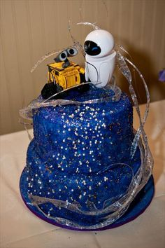 Wall-E cake!