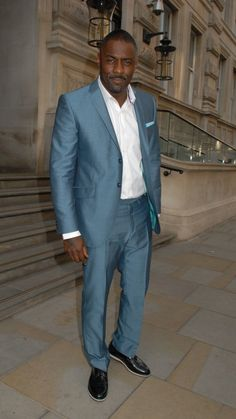 Idris Elba.....This Man Has One Of The Sexiest Voices And Hes HOT;-)