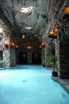 Grove Park Inn Spa Day Pass (Rated in the World by Travel & Leisure Best Hotel Spas) - Asheville Vacation Places, Dream Vacations, Vacation Spots, Places To Travel, Travel Destinations, Spas, Grove Park Inn, Piscina Interior, Dream Pools