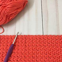 Amigurumi Hedgehogs - A Free Crochet Tutorial - Grace and Yarn Crochet Horse, Crochet Bee, Crochet Bunny, Thread Crochet, Crochet Dolls, Crochet Yarn, Easy Crochet, Free Crochet, Crochet Flamingo