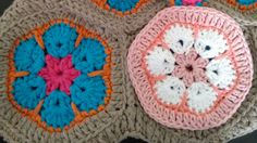African Flower Crochet Tutorial, hexagonal 'granny square'