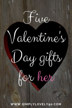 Still on the hunt for the perfect Valentine's Day gift? Check out my gift guide! #valentinesday  #valentines #valentinesdaygiftideas #valentinesdaygifts #valentine