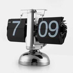 Hoy día de cosas únicas, un mega clásico, el reloj de láminas Flip Clock. Es realmente hipnótico y super preciso, con ese toque retro único que recuerda el panel de salidas y llegadas de estaciones y aeropuertos clásicos .... ainssssssssssss Si mataríais por este reloj o símplemente queréis saber sus curiosidades, pinchad en la foto...allí os contamos más. Disponible en www.chehook.es