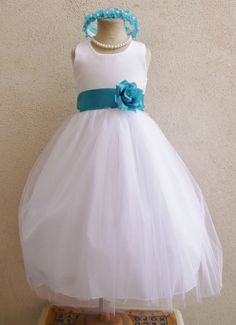 Flower Girl Simple Classy Tulle Dress White with Teal for Easter Wedding Bridesmaid Flower Girls, Simple Flower Girl Dresses, Tulle Flower Girl, Tulle Flowers, Bridesmaid Flowers, Wedding Bridesmaids, Bridesmaid Dresses, Wedding Dresses, Bridesmaid Ideas