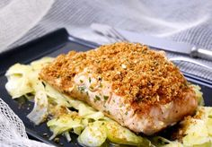 Roasted salmon fillet with crispy breading Slow Food, Mediterranean Recipes, Light Recipes, Kitchen Recipes, Easy Healthy Recipes, My Favorite Food, Seafood Recipes, Food Inspiration, Italian Recipes
