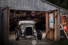 Cool hot rod pic... Love the old barn look for a shop / garage