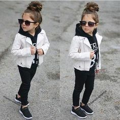 girls fashion kids 10 years old \ girls fashion ; girls fashion kids 10 years old ; Cute Kids Fashion, Little Girl Fashion, Toddler Fashion, Boy Fashion, Fashion Shirts, Fashion Clothes, Winter Fashion, Fashion Outfits, Toddler Girl Style