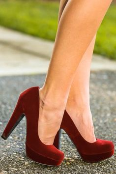 Must have, velvet heels! Obsessed! The perfect way to add color to your holiday look!