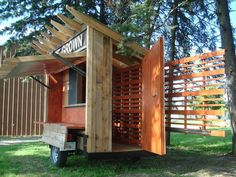 Wormfarm Institute Roadside Culture Stand -This is a great view of the workings of the awning using garage door parts.