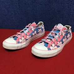 CONVERSE ALL STAR blue/pink floral . 39 8 Custom floral ALL STAR . . . Minimal wear . . No issues Converse Shoes