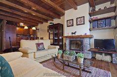 Precioso apartamento para 8 personas en Pleta de Nheu, pie de pistas Baqueira. www.pirinalia.com