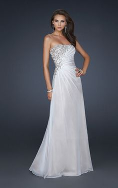 vestidos blanco largo - Buscar con Google Different Styles, Dresses Online, Wedding Gowns, One Shoulder Wedding Dress, White Dress, Cute Outfits, Party, Clothes, Graduation