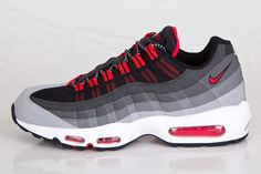 NIKE AIR MAX 95 (CHILLING RED) | Sneaker Freaker
