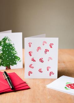 Aromatherapy DIY Christmas Cards | What a beautiful and easy Christmas craft!