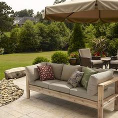 Outdoor Sofa from for RYOBI Nation I am loving this! I love a comfy outdoor sofa. Outdoor Loveseat, Outdoor Sectional, Outdoor Seating, Outdoor Decor, Outdoor Pallet, Sectional Sofa, Garden Pallet, Pallet Patio, Outdoor Sofa Cushions