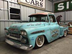 Fast Cars, Tattoo's And All Things Sexy Hot Rod Trucks, Gm Trucks, Cool Trucks, Chevy Trucks, Tow Truck, Vintage Pickup Trucks, Antique Trucks, Classic Trucks, Classic Cars