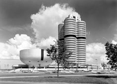 Twenties, Sixties, Now Impulse, Contemporary Architecture, Willis Tower, The Twenties, Around The Worlds, Museum, Bmw, Building, Munich