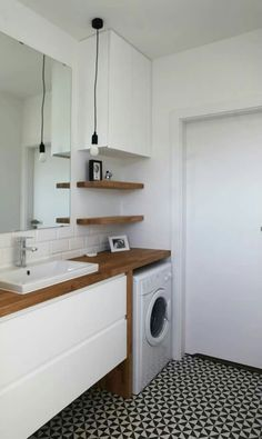 Very neat bathroom layout with the washing machine. Washing machine is exposed but neatly tucked away Laundry Bathroom Combo, Laundry Room Design, Bathroom Design Small, Bathroom Layout, Bathroom Interior Design, Bathroom Ideas, Laundry Rooms, Bathroom Organization, Small Laundry