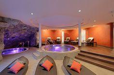 2 brandnew Whirlpools 36° Zermatt, Beau Site, Jacuzzi, Park, Relax, Wellness, Beauty, Parks, Beauty Illustration