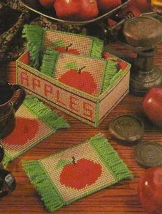 Plastic Canvas Pattern Apple Mug Rugs and Crate by NanaLetha Plastic Canvas Coasters, Plastic Canvas Crafts, Plastic Canvas Patterns, Crochet Flower Patterns, Crochet Flowers, Homemade Coasters, Mug Rug Patterns, Mug Rugs, Crates