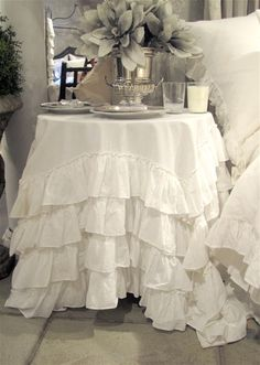 Smitten over ruffles (still). Love this table cloth from @Lee Ann Childers