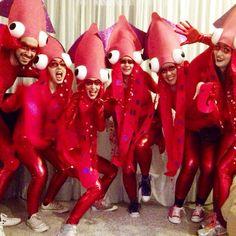 Krake Kostüm selber machen Inspiration & Accessories: Make octopus costume for groups Squid Costume, Octopus Costume, Fish Costume, Up Costumes, Carnival Costumes, Halloween Costumes, Costume Ideas, The Little Mermaid Musical, Little Mermaid Costumes
